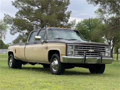 View this 1985 Chevrolet C30 Dually